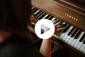 Klavierkonzert mit Josef Heinl